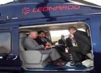 Un AW139 messo a disposizione da Leonardo per il viaggio del Principe Carlo in Italia