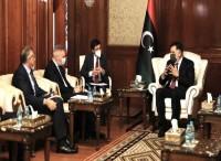 Libia: Guerini a Tripoli incontra...