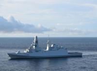 Difesa: la fregata Martinengo soccorre...