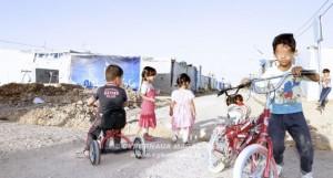 Nei campi dei rifugiati in Kurdistan, tra polvere, dolore, solidarietà e speranza