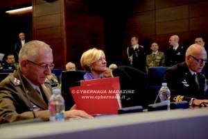 Auguri alle Forze Armate impegnate in teatri operativi internazionali ed in attività di controllo e difesa del territorio nazionale