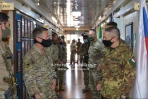 Afghanistan: il generale Miller in visita al TAAC-W