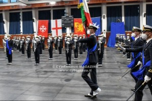 Gli allievi ufficiali dell'Accademia navale di Livorno hanno giurato fedeltà alla Repubblica Italiana